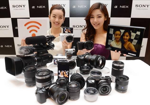 미러리스 카메라 알파 NEX-5R, NEX-6 모델 샷